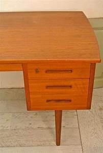 Bureau De Style : slavia vintage mobilier vintage bureau de style scandinave des ann es 60 playtime ~ Teatrodelosmanantiales.com Idées de Décoration