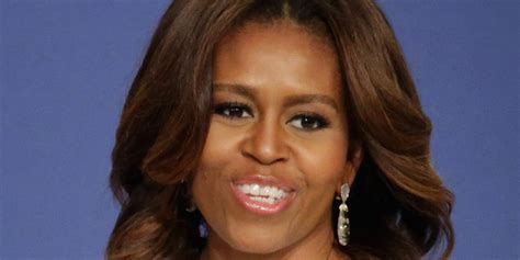 Michelle Obama's Hairstylist Dishes On Her Highlights And