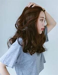 Coupe De Cheveux Femme Long 2016 : coupe de cheveux ondul s femme automne hiver 2016 cheveux ondul s de jolies coiffures pour ~ Melissatoandfro.com Idées de Décoration