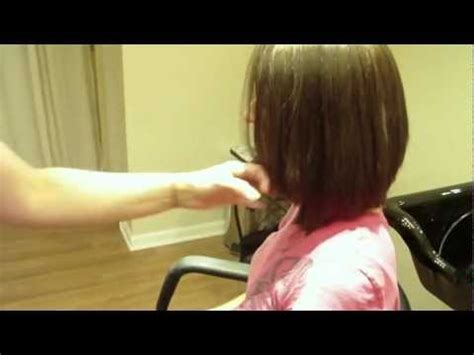 jennifer anistons  haircut inspired medium length