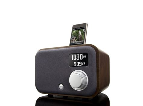 iphone radio vers ipod iphone radio alarm blast from the past audio