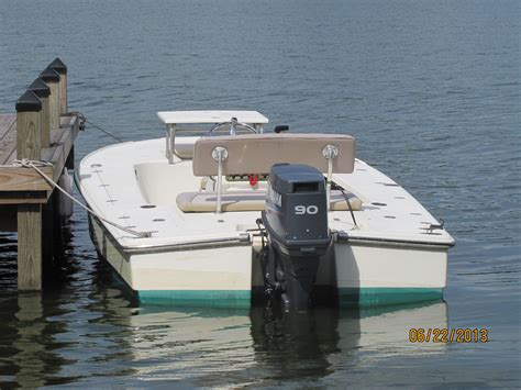 Scout Boats Vs Everglades Boats by Key West Scout Flats Boats The Hull Boating