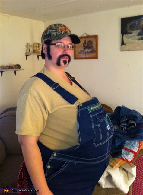 foto de Redneck Halloween Costume Idea