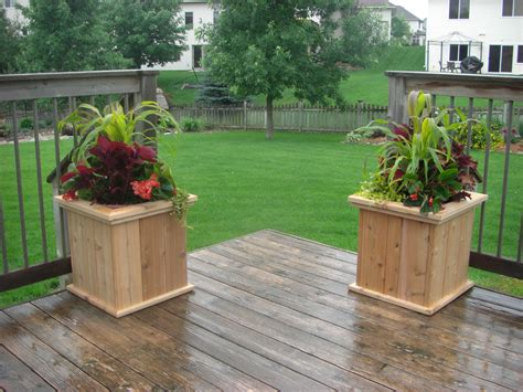 Planters Raised Gardens Crafter Workshop