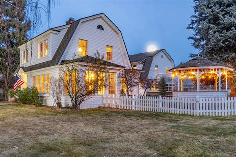 bend oregon luxury real estate  year  review