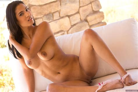 Karmen Bella Nude In Photos From Digital Desire