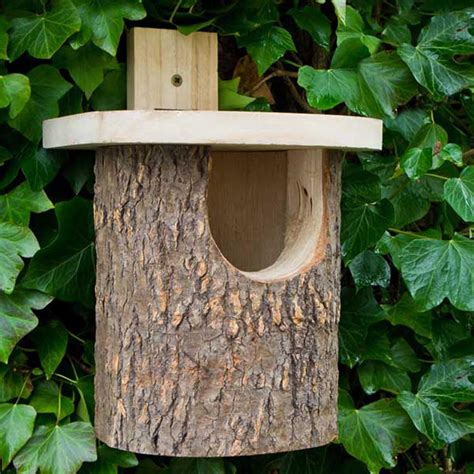 buy natural log robin nesting box  worm  turned revitalising  outdoor space