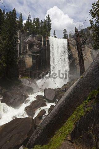 Vernal Falls Yosemite National Park California Usa