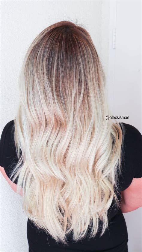 sunkissed hair smudge roots  sombre balayage