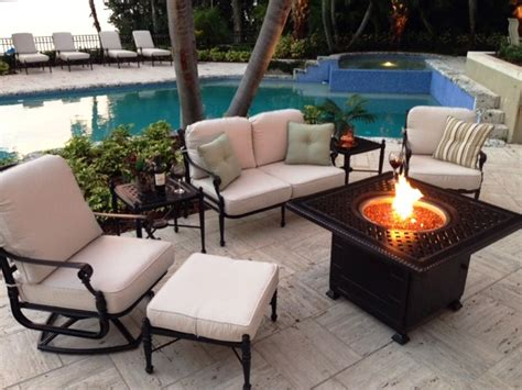 pool patio furniture    summer palm casual
