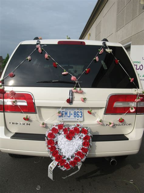 just married decorated car www pixshark images galleries with a bite