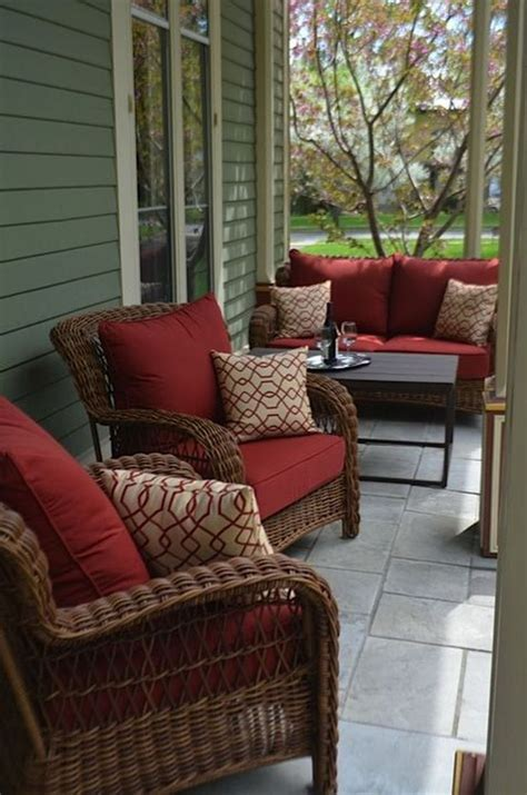 Small Porch Chairs by Best 25 Small Patio Furniture Ideas On Patio
