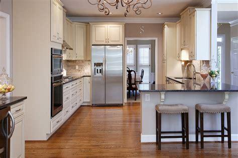 hometalk vast storage  updated kitchen space