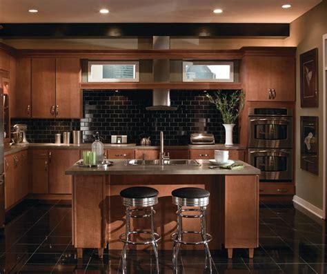 Contemporary Maple Kitchen Cabinets Homecrest