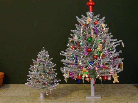 aromatic scale christmas trees 1000 images about aluminum trees on trees easter egg basket