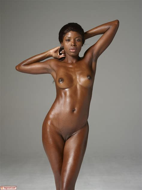 Simone In Silky Nudes By Hegreart Photos Erotic Beauties