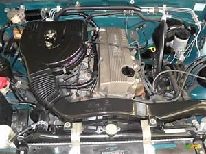 1995 Nissan Hardbody Truck Xe Extended Cab 2 4 Liter Sohc
