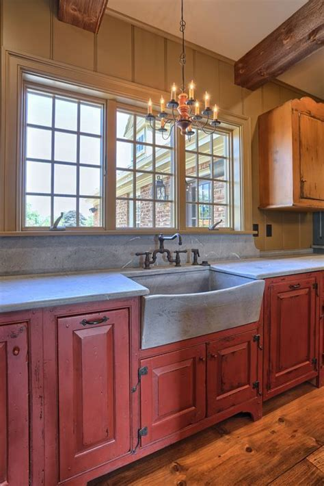Classic Colonial Homes Interior Farmhouse sink   Kitchens