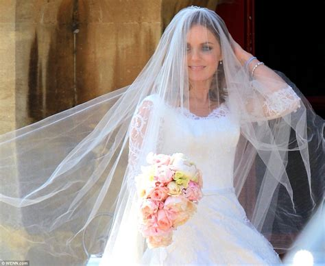 geri halliwell  daughter bluebell   marries fs