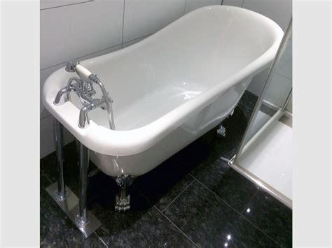 freistehende acryl badewanne freistehende badewanne oldham acryl nostalgie 153 cm gl 228 nzend