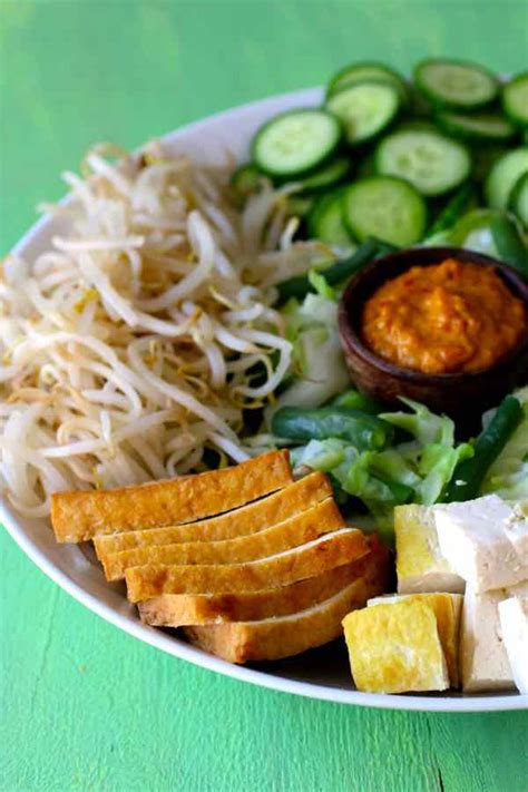 gado gado traditional  authentic indonesian recipe