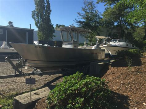 Aluminum Boats With Pilot House by 2004 Pacific 23 2325 Center Console Aluminum Pilot House
