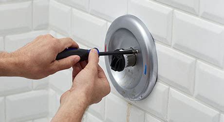 fix  leaking bathtub faucet  home depot