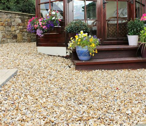 Decorative Gravel Landscaping - different types decorative landscape gravel bistrodre