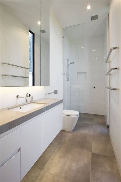 Best 25+ Long Narrow Bathroom Ideas On Pinterest Narrow