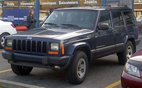 sports jeep cherokee file 39 00 39 01 jeep cherokee sport 4 door jpg wikimedia