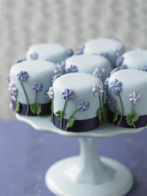 mini wedding cakes  good  eat  tutorials