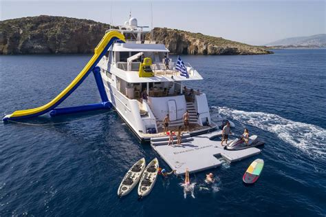 water toys image gallery luxury yacht browser