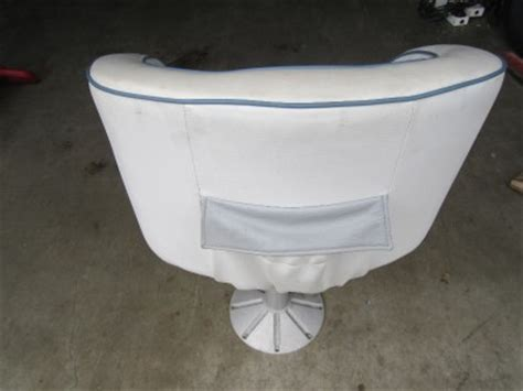 Boat Captains Chair Pedestal by Used Pedestal Chair Captains Seat Invader 1987 White