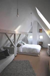 Dachboden Ausbauen Treppe : ber ideen zu dachzimmer auf pinterest loft ~ Lizthompson.info Haus und Dekorationen