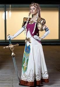 Princess Zelda Costumes | PartiesCostume.com