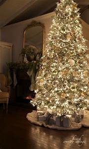 1000 ideas about Christmas Tree Decorations on Pinterest