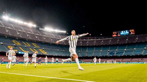 Cristiano Ronaldo scores two goals as Juventus crush ...