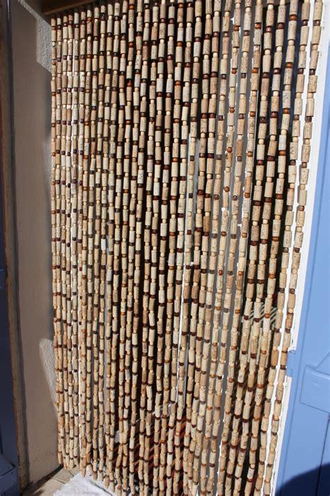 rideaux cuisine originaux rideaux en bouchons les bois de la garrigue