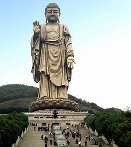 Statue Bouddha Maison Du Monde : photo statue la plus haute du monde bouddha du temple ~ Teatrodelosmanantiales.com Idées de Décoration