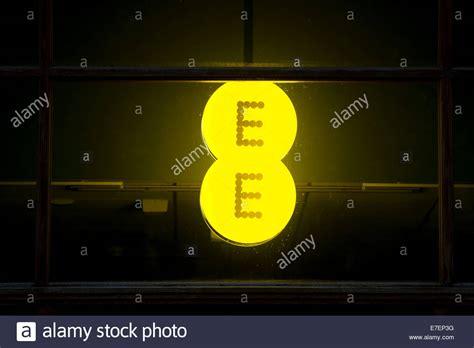 mobile network operator ee logo stock photos ee logo stock images alamy