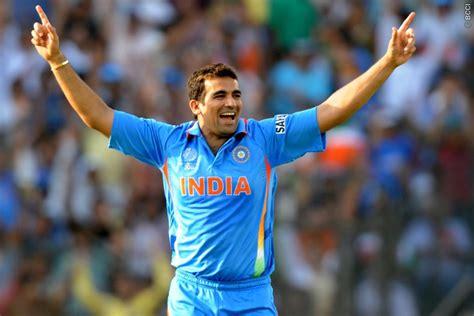 Zaheer Khan announces retirement from international ...