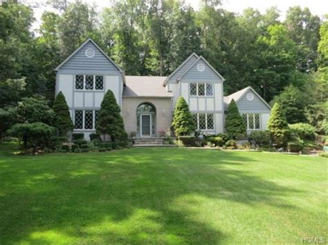 The Homes For Sale In Bedford And Katonah Bedford Faux Painting Austin Best Quality Interior Paint Over Textured Charts Non Toxic Exterior Minneapolis Sprayer Home Ideas
