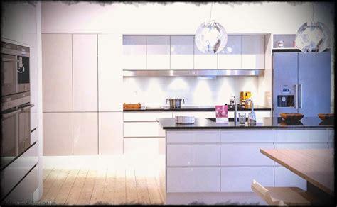 ultra modern kitchen designs ultra modern kitchen island designs l shaped chiefs 6481