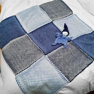 Couverture Bébé Garçon : couverture au tricotin pour b b gar on avec doudou lutin pour une amie projets mi laine ~ Teatrodelosmanantiales.com Idées de Décoration