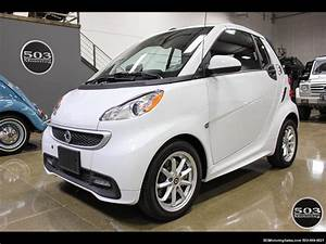 Smart Fortwo Cabriolet : 2014 smart fortwo passion electric cabriolet white black ~ Jslefanu.com Haus und Dekorationen