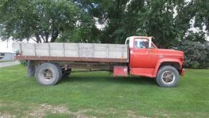 1974 Chevy C65 Single Axle Truck W  Stake Bed Gas Enigne