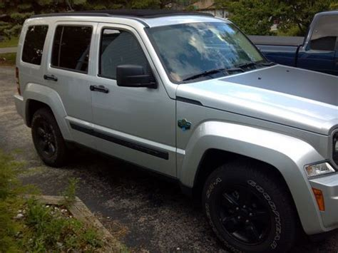 jeep liberty arctic for sale buy used 2012 jeep liberty sport sport utility 4 door 3 7l