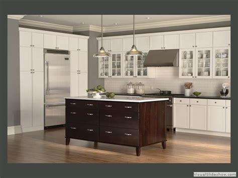 kitchen idea center  island woodcrafts   turn