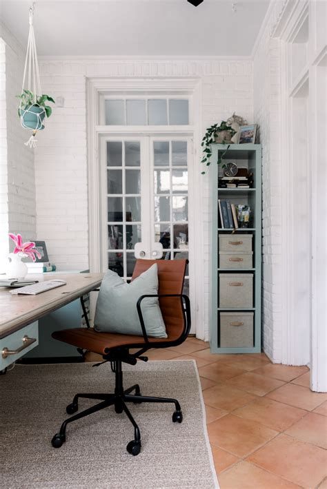 Home Office Makeover on a Budget - Darling Down South