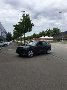 Land Rover München : 2018 range rover velar gets delivered in munich carscoops ~ A.2002-acura-tl-radio.info Haus und Dekorationen